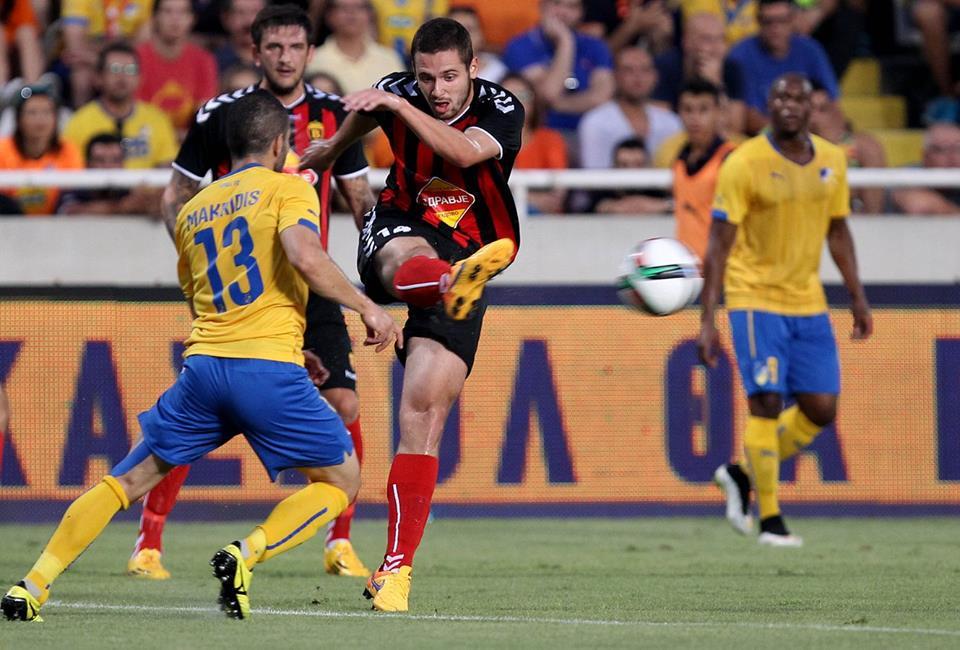Velkovski clears the ball; photo: 24sports.com.cy