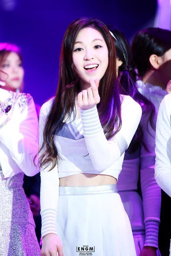 Sorry if i hurt u felling, sorry about all my fault to u. I hope u can love me until this world end @xokcyeol