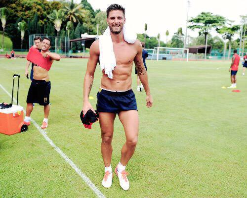 "Ju on Twitter: ""I mean 😏😈 #giroud #Arsenal # ..."