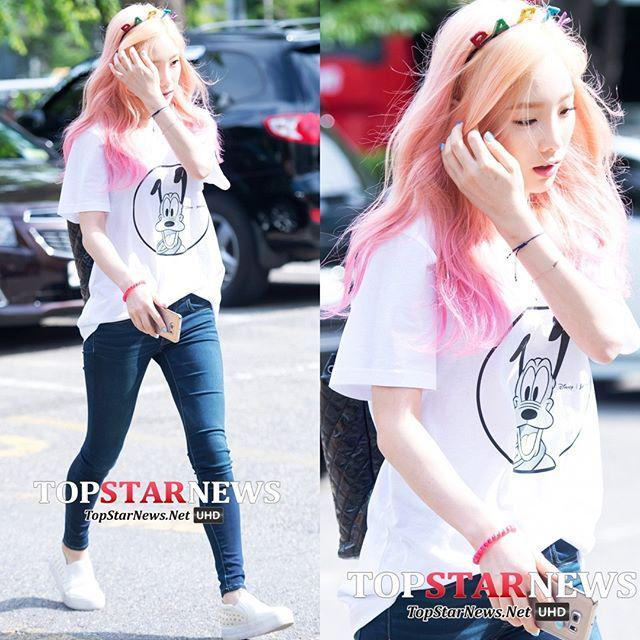 #소녀시대 #SNSD #태연 #HD포토 #fashionista #fashion #패션 #스타패션 #톱스타뉴스 [HD포토] 소녀시대(SNSD) 태연, 우유빛 피부 … http://t.co/J115YEbfKc
