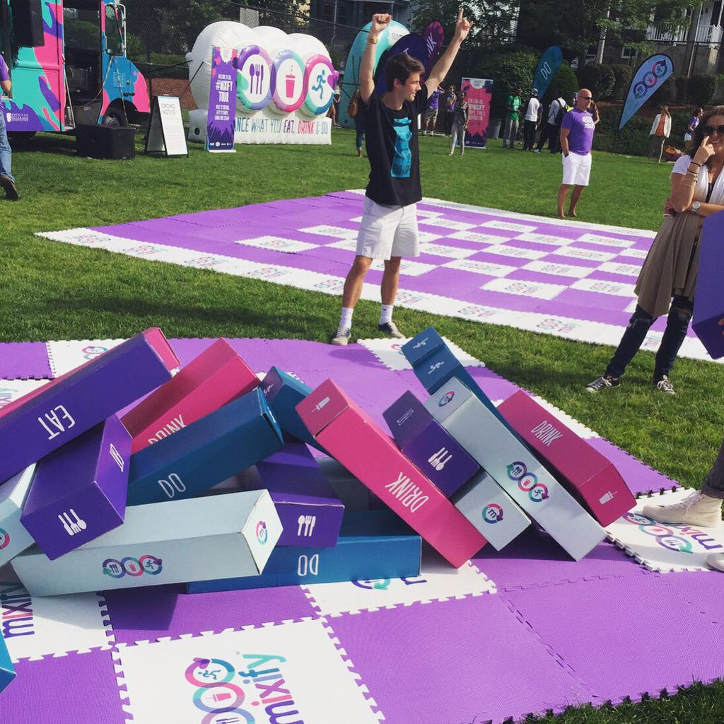 So glad I mastered my balance to take the W  in giant Jenga at the #MixifyTour in #Boston @mymixify 🏆 http://t.co/JuDisFmuvm