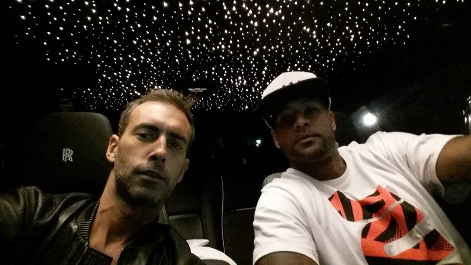 Me with the boss of Capitol Records / Universal : Booba. In the Rolls Royce, start system shing above us. http://t.co/5wyhfE4S0W