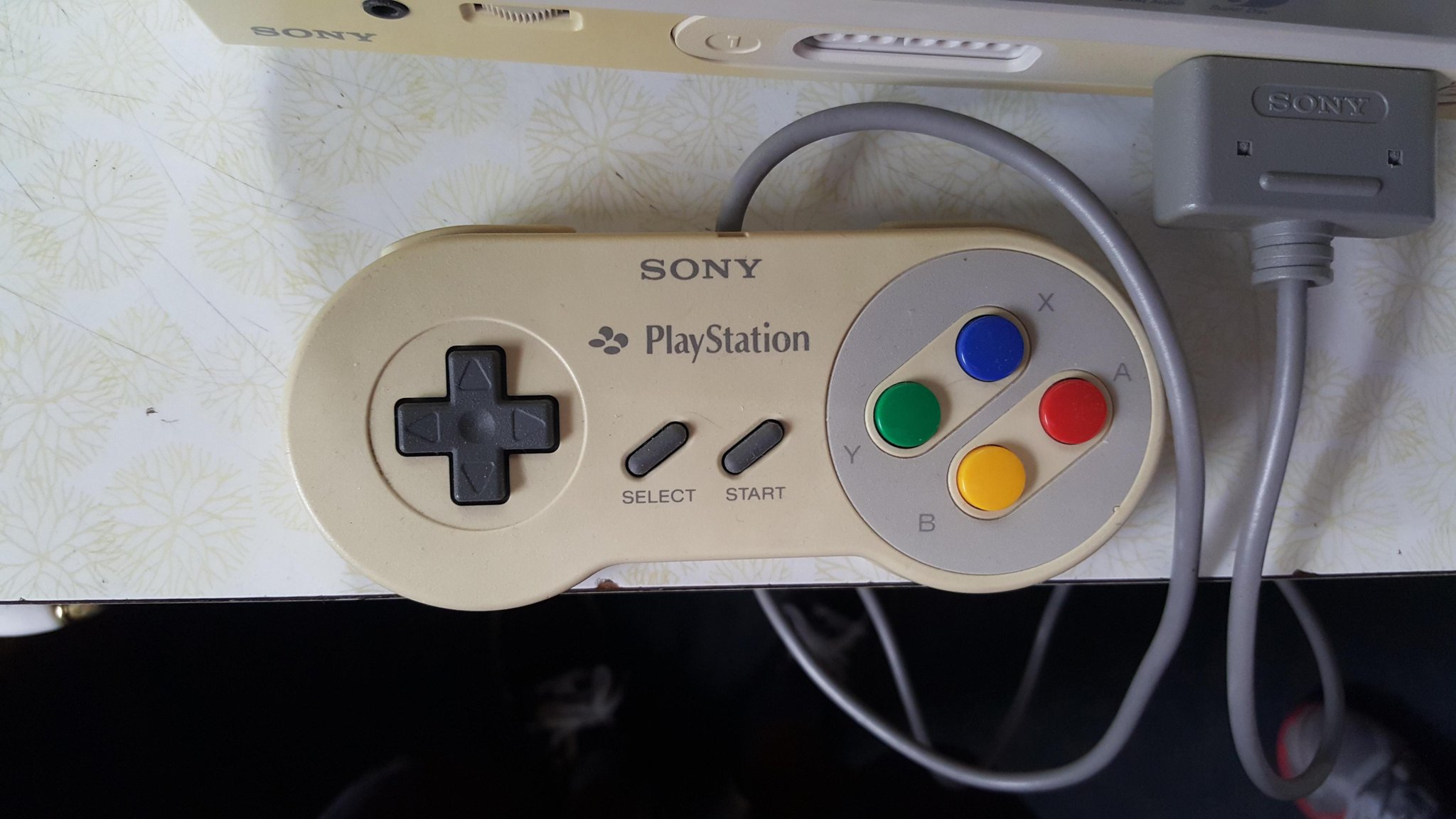 RT @TheNextWeb: This could be the Nintendo PlayStation that never got released http://t.co/KM8dIP1Jm8 http://t.co/q4tjeRUlV7