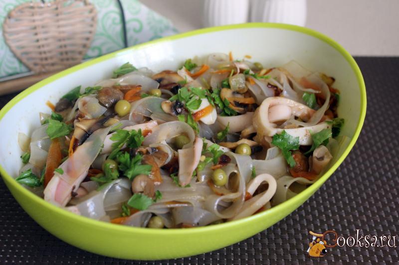 Салат с крахмальной лапшой рецепт фото