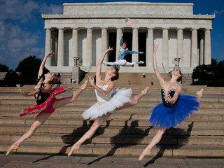 Happy #FourthofJuly to all dancers. http://t.co/CYb9mUAyxN