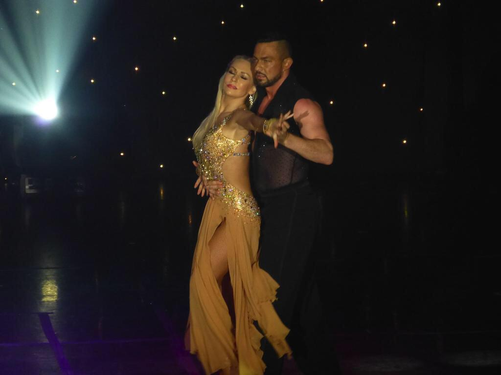 RT @RobinWFans: Robin & Kristina on P&O Cruise Azura June 2015 Stunning @KRihanoff @Robinwindsor pics by @Richardbbc http://t.co/fWMe6bIBAt