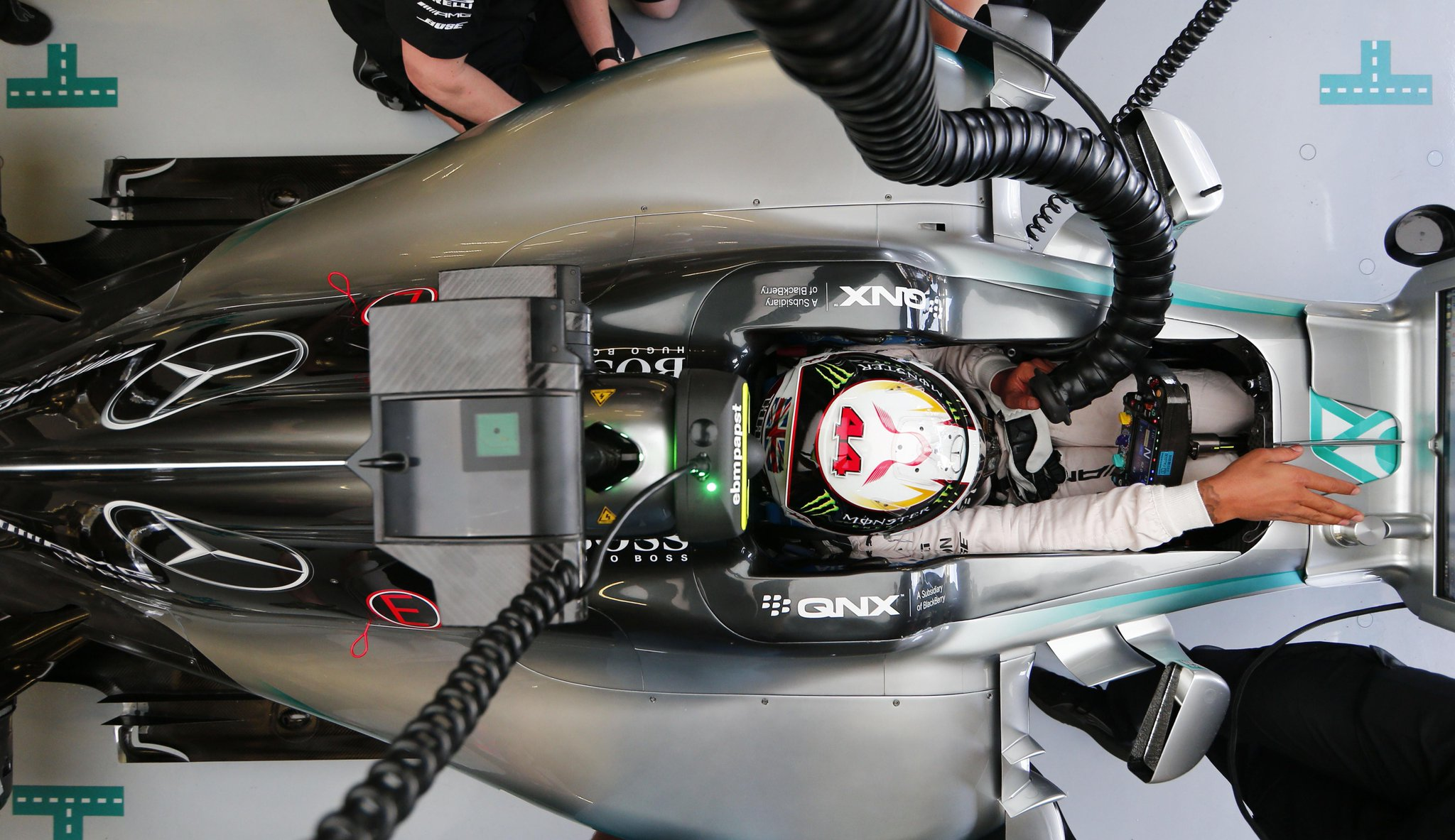 Had a great #FP3! The car is feeling great today. Let's keep our fingers crossed for #Qualifying! #BritishGP #TeamLH http://t.co/7DFN5MGM2i
