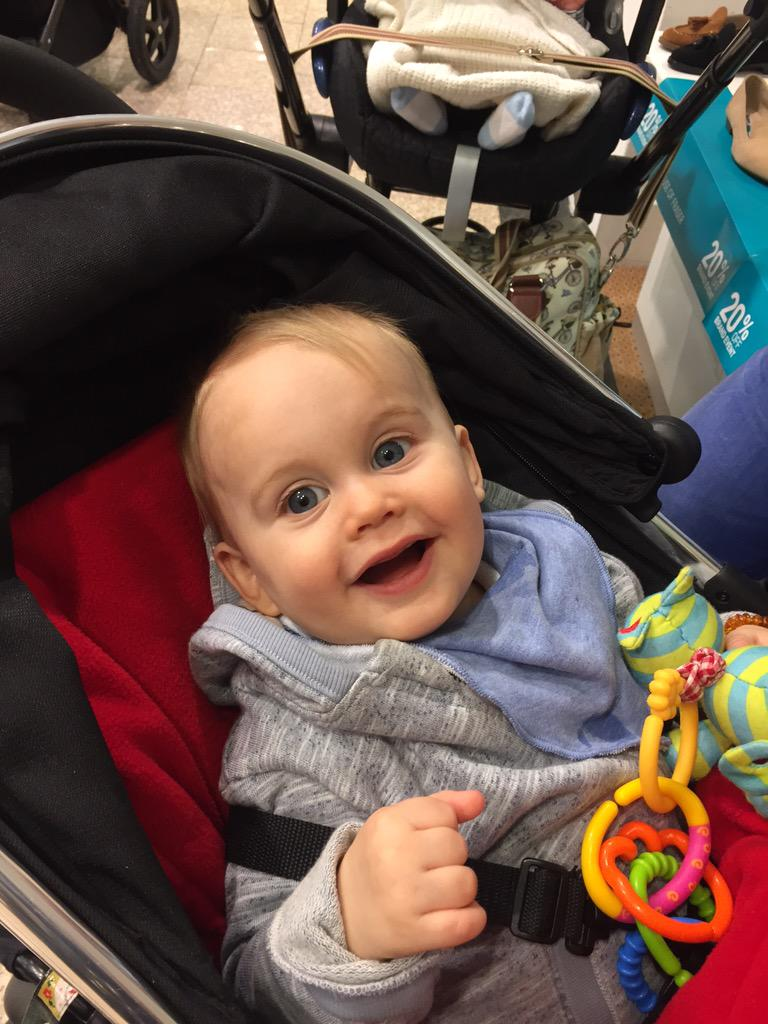 Time to celebrate this little bundle of cuteness 1st birthday! Where does the time  go @zwakley ?? Xxx http://t.co/wh93m9sfUR
