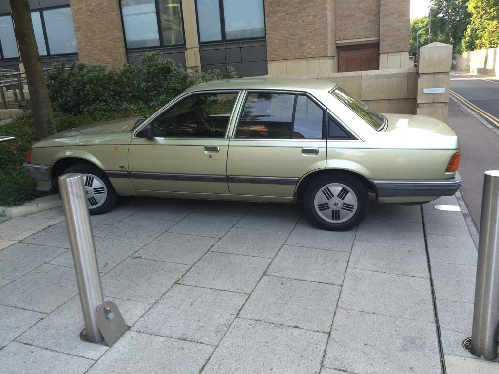 @PetrolBlog saw this yesterday and thought of you! Perfect condition and dealer plates and sticker! http://t.co/YuJgrwA2AH