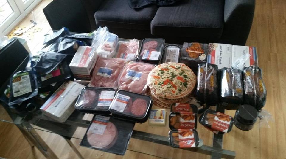 RT @MuscleFoodUK: Who wants to WIN some MF VOUCHERS?? RT this & Guess the value of this order & we'll pick the closest on Monday!!!! http:/…