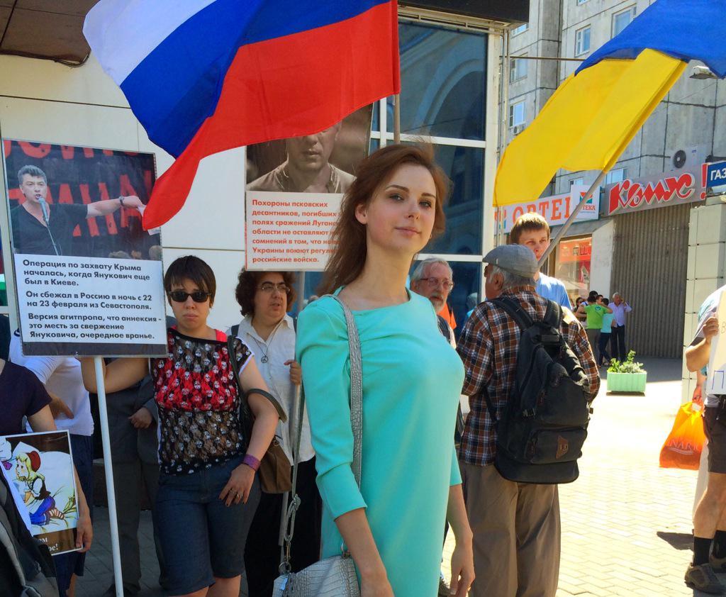 Чубаров обсудил с еврокомиссаром Муйжниексом права крымскотатарского народа в оккупированном Крыму - Цензор.НЕТ 2471