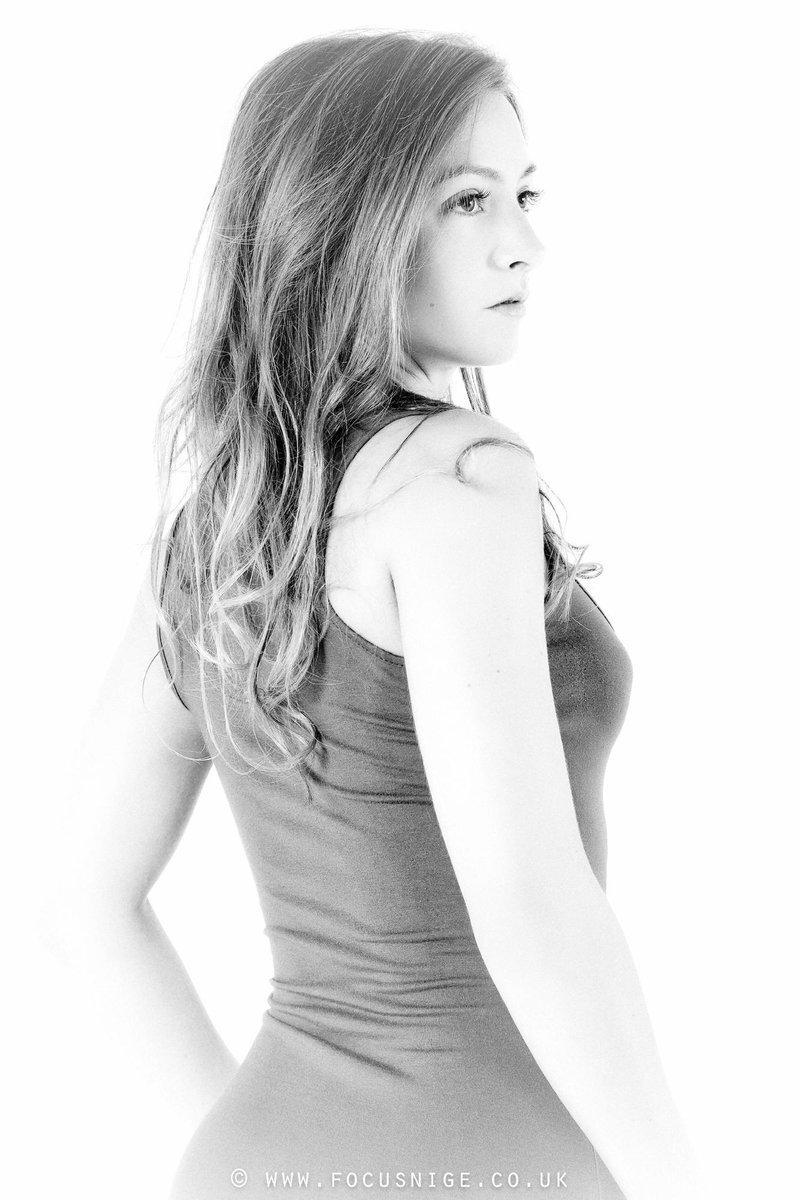 Focusnige On Twitter Elegance Claire Topaz Taken At Ariane