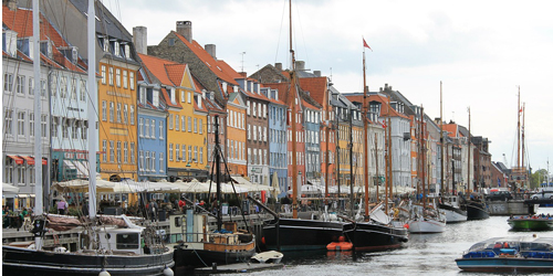 5 great cities for a weekend getaway - take a look at the list here: http://t.co/RNDMINPW2J #culture http://t.co/hjJTisqwBm