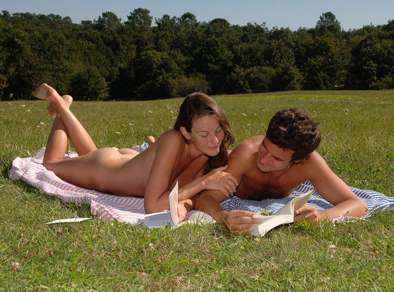 Nude sun couple pics
