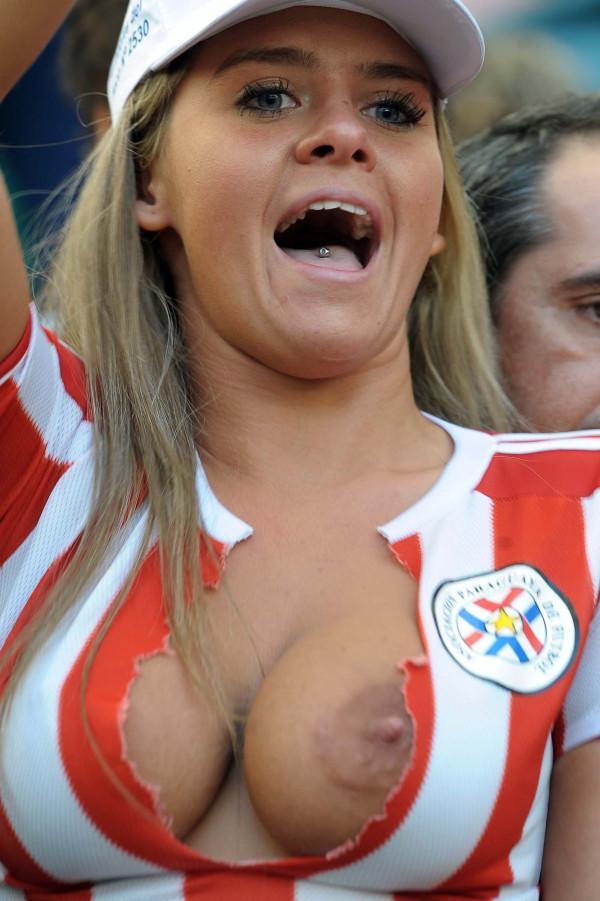 Australian open spectator slams another fan yelling during coco gauff match