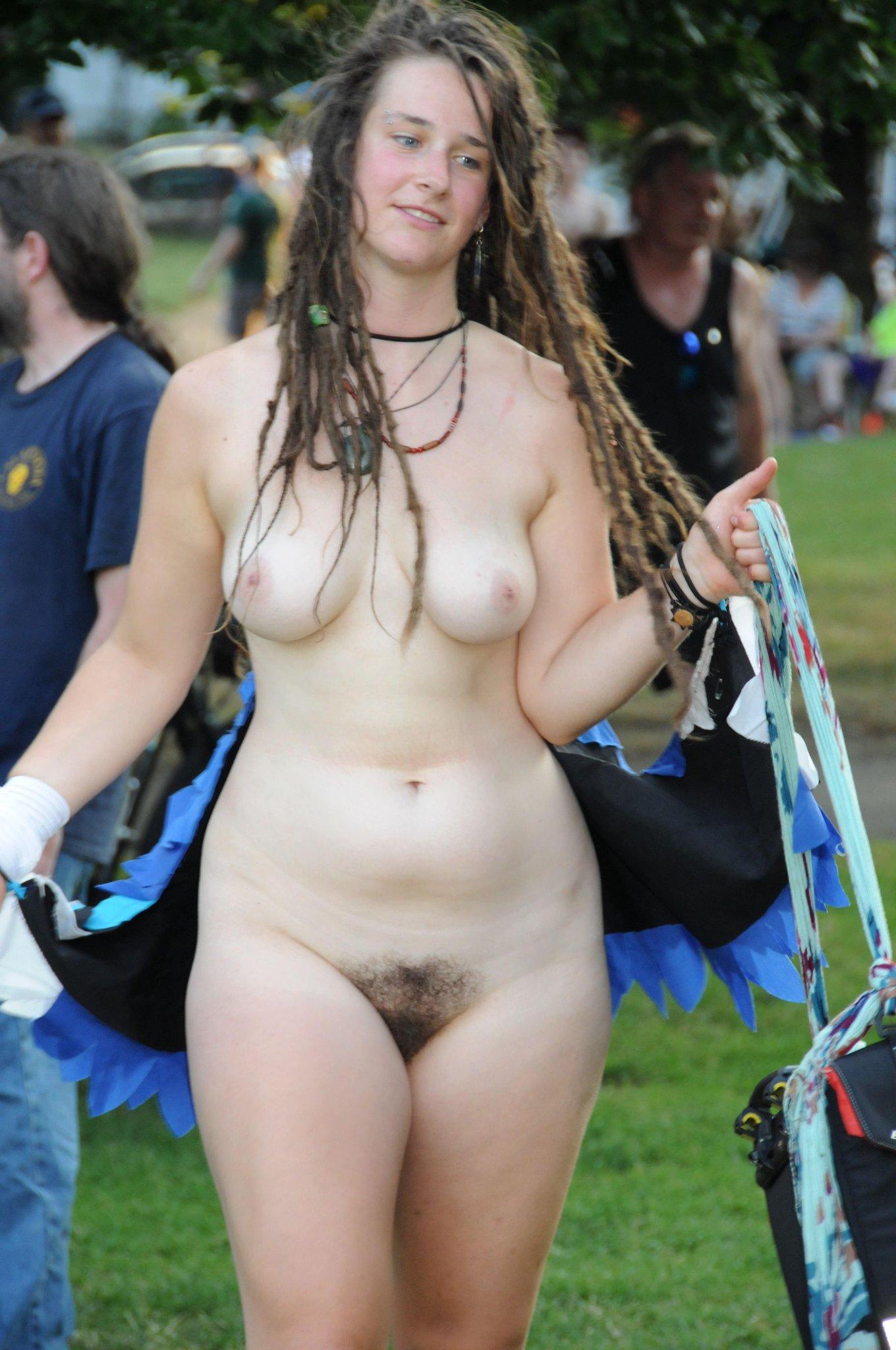 amanda holden sexy hot nude