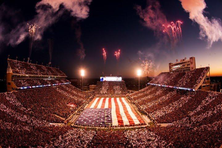 Still one of the coolest things I've seen covering college football. #NotreDame at Oklahoma in 2012 ... Happy 4th! http://t.co/r7wVFr1QoY