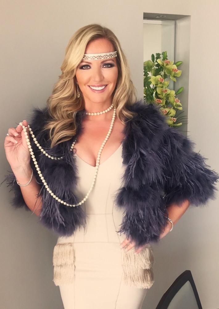 Ready @piersmorgan PARTY!Thanks to &LGStyling headband @RevivalRetro &dress Amanda Wakeley @girlmeetsdress #Gatsby http://t.co/J4vDeJCMzi