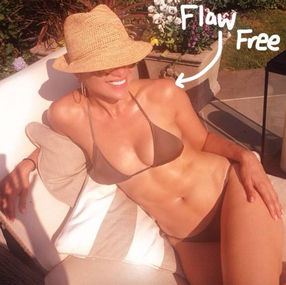 Over 40? Still sexy, duh! Celebrate the #FourthofJuly with these ageless bikini bodies: http://t.co/KOl18qeTsF http://t.co/nOtis4ZWJh