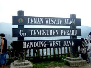 Gunung Tangkuban Perahu Bandung - AnekaNews.net