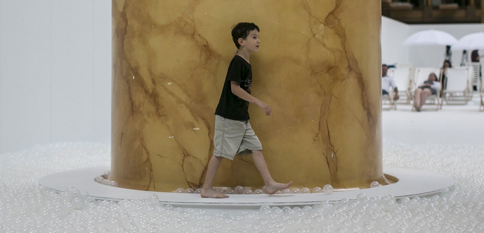 RT @mashable: This huge ball pit gives you the beach without the sunburn  http://t.co/jJ7yusXwSr http://t.co/vqRk8xq4fb