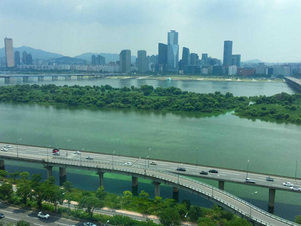아 한강까지... 이 녹조 어쩔... http://t.co/JyrF9RVVOQ