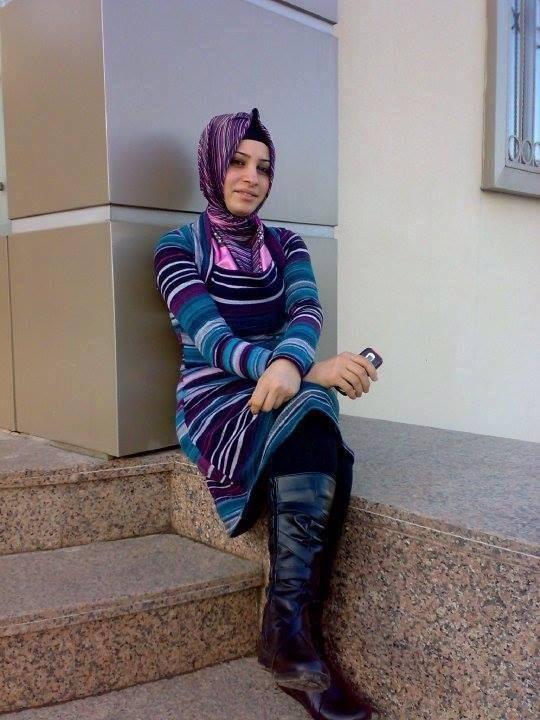 Azgın Türk Türbanlı Kadınların Am Resimleri  Turbanlı