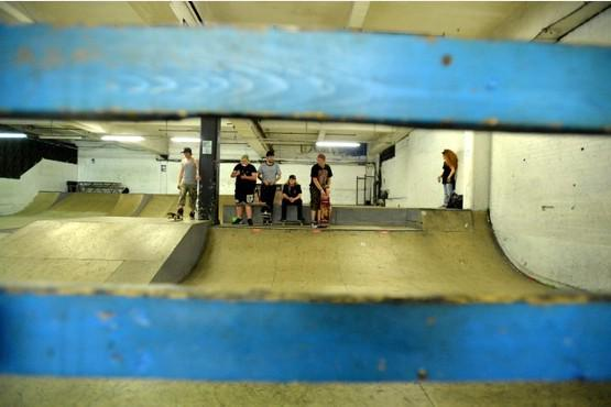 RT @LeicsMercury: Leicester_Merc : PICTURES Skaters in action at The Old Broom Tavern Skatepark: … http://t.co/6IUU4QiRDO) http://t.co/N5L8…