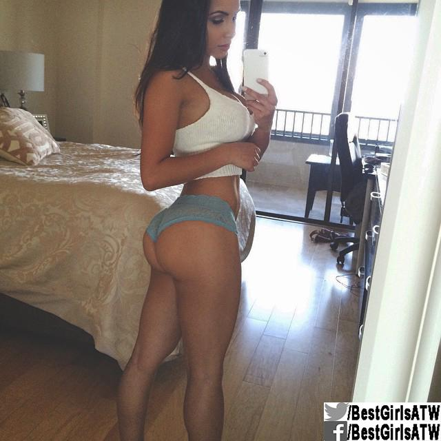 Hot latina bubble butt