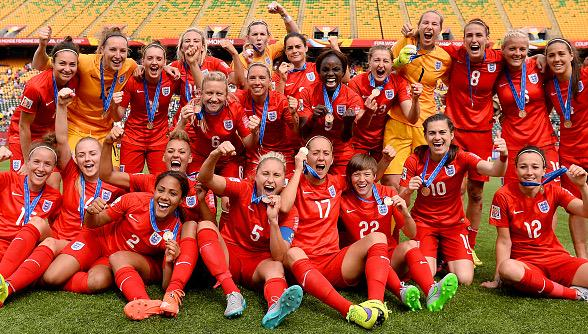 This picture says it all really!! Congrats girls! Proud!!! ❤️ #LionessesMakingHistory #Lionesses http://t.co/B9D6SRcQgN