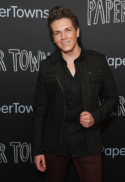 Look at @JordanJansen at the Aussie premiere of Paper Towns!!! Crazy how far he's come. http://t.co/DU9Qg8smhm