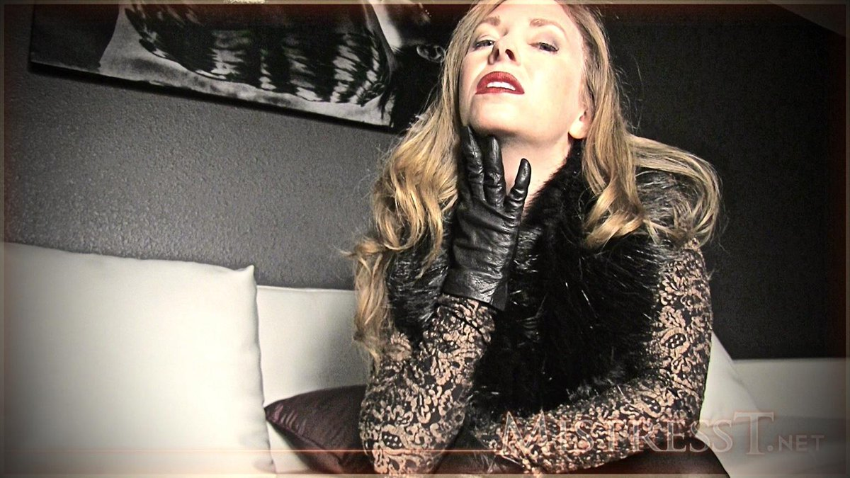 Two Mistress Feet Worship
