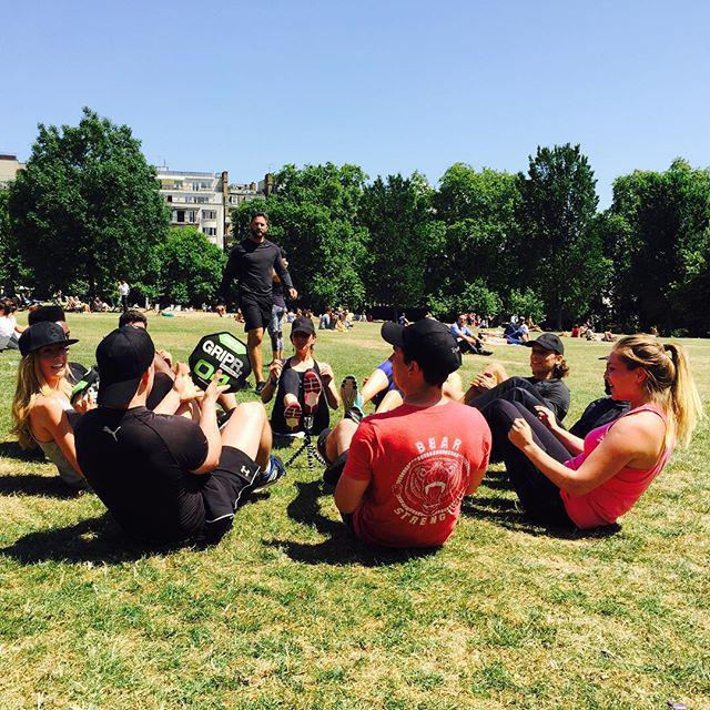 Amazing turnout at the first @trubeapp pop-up session in Green Park. Want to work out with some of the industry's f… http://t.co/0oPavs4nZm