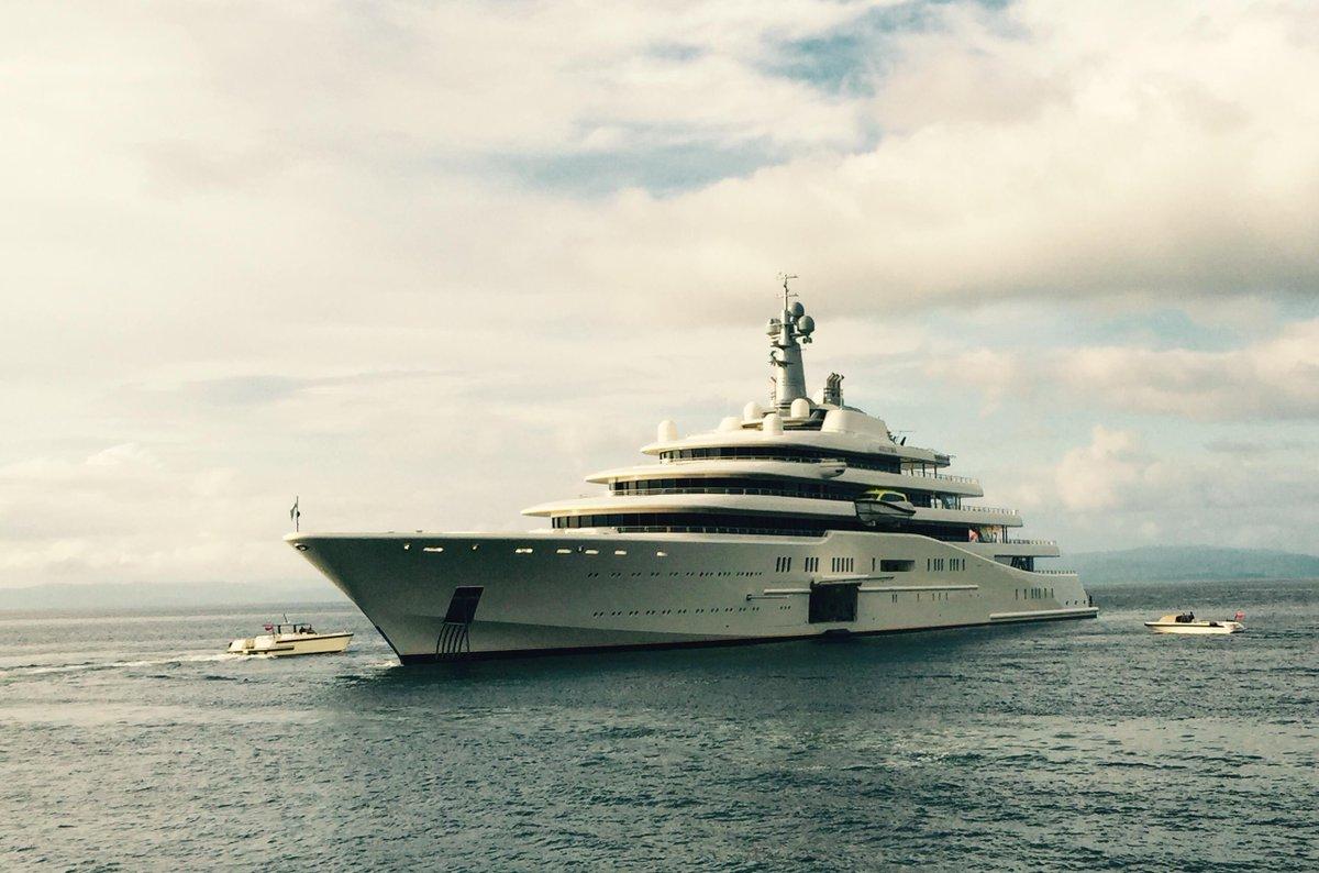 David Hogg On Twitter Abramovich S Yacht Eclipse Sitting Off