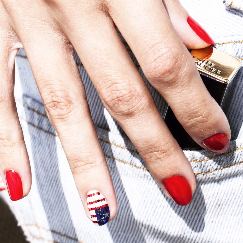 Huge congrats to the #USAWomensSoccer team! ⚽️🇺🇸💅⚽️ #WorldCup http://t.co/yH18QWYDzp