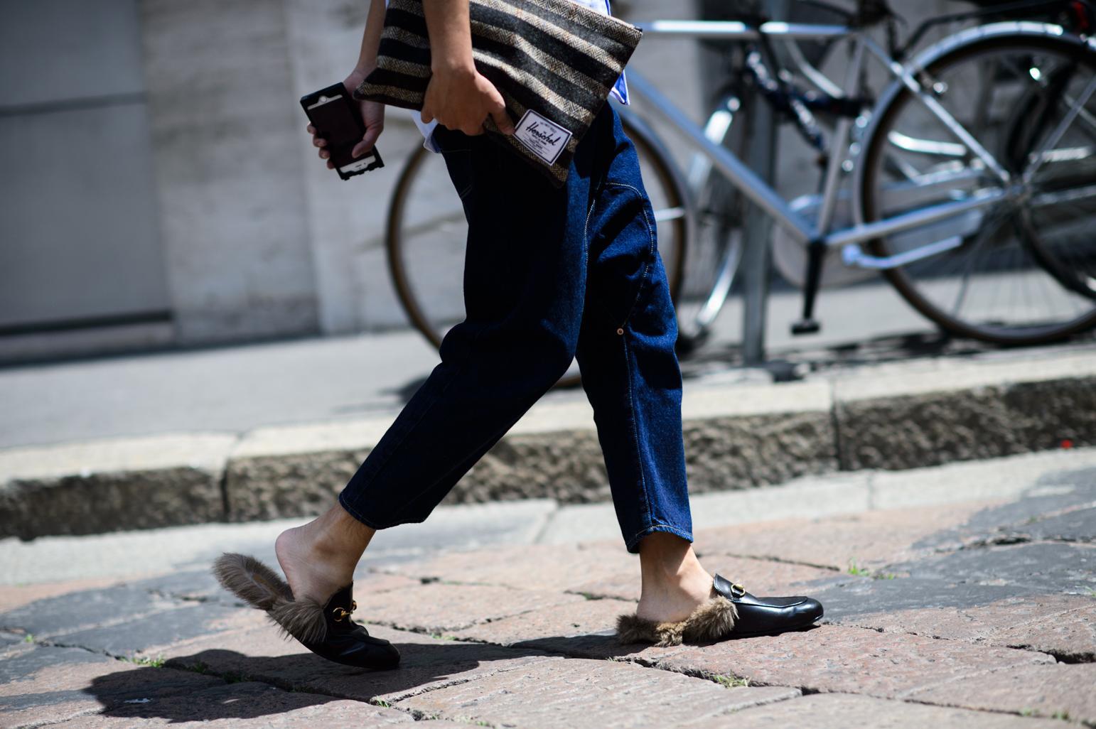PSA: Mandals are in: http://t.co/jnaXPoD3dJ http://t.co/AQBTQDIhyD
