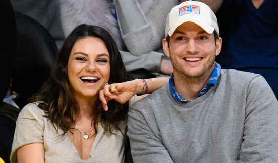 Congrats to Mila Kunis and Ashton Kutcher--they got MARRIED this weekend! All the details: http://t.co/01HpyxWwzQ http://t.co/T30FAqEyKc