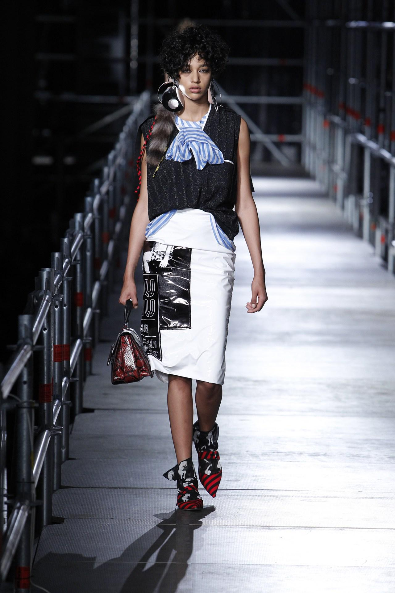 Workwear gets a punk revamp - see the @MIUMIUofficial #ps16 collection http://t.co/jlop9FYWEf http://t.co/983E7aBv2M