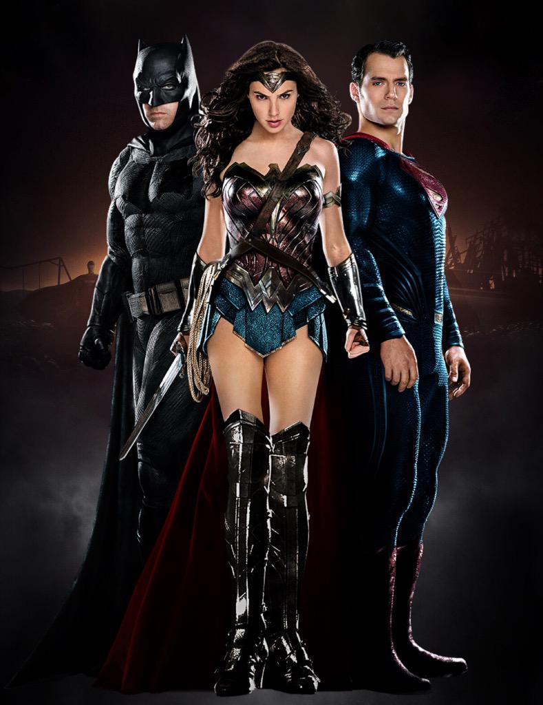 [CINEMA] [Tópico Oficial]Batman v. Superman - Barbara Gordon confirmada! - Página 5 CJOq6YBWIAAphGE
