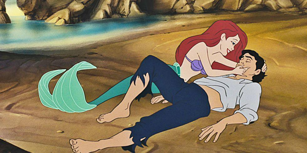 14 very problematic things Disney Princesses overlooked for love http://t.co/Njtwg4yHgo http://t.co/SBLqcuGIoX
