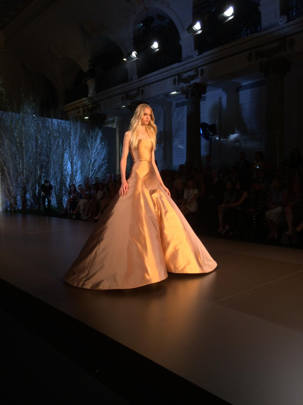 RT @VVFriedman: How would you get through a door in this @Ralphandrusso #couture dress? You have to go sideways. http://t.co/8Jbtrlmia7