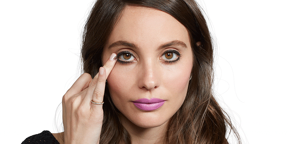 How to Do a Smoky Eye in Literally 10 Seconds http://t.co/rD3rPvnhq2 http://t.co/zN8XSUqADW