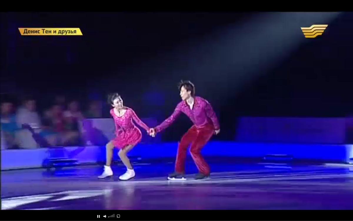 Ледовые шоу-2 - Страница 48 CJPAtQ3UYAAoHi2