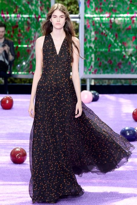 See every look from this afternoon's @Dior #Couture show: http://t.co/GbceW6fIi2 http://t.co/hALArodgm9