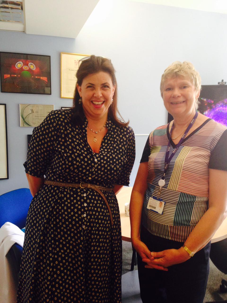 RT @CentreoftheCell: Our Director @FrancesBalkwill met with @KirstieMAllsopp today - that's our Pod in the photo in the background! http://…