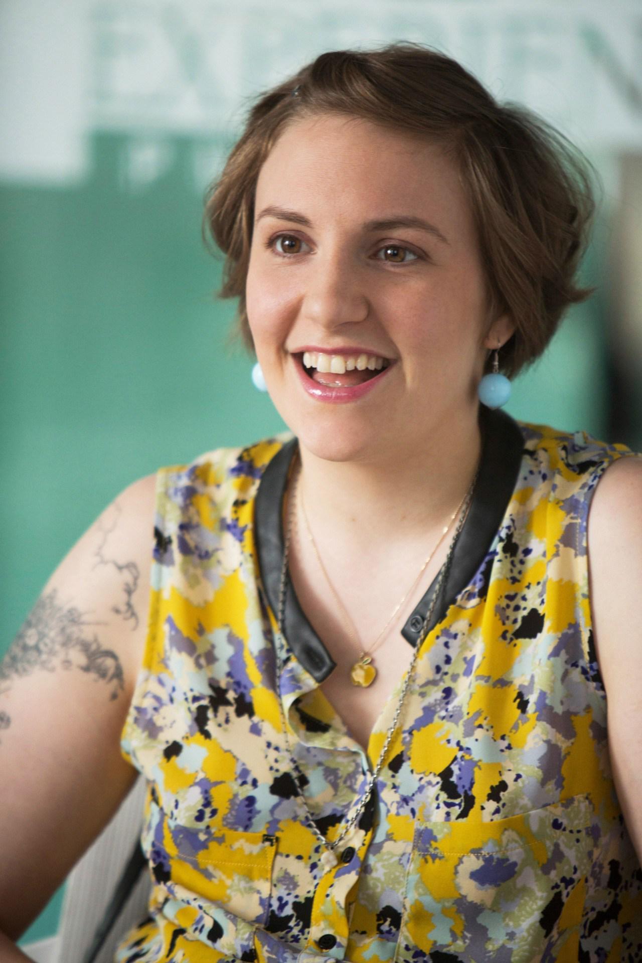 Who's @lenadunham's famous new intern? http://t.co/30rRptHJJF http://t.co/nff7HubQzC