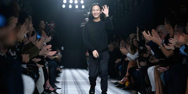 Alexander Wang and Balenciaga may soon part ways: http://t.co/CMTuMefvtO http://t.co/xkG9jZh86K