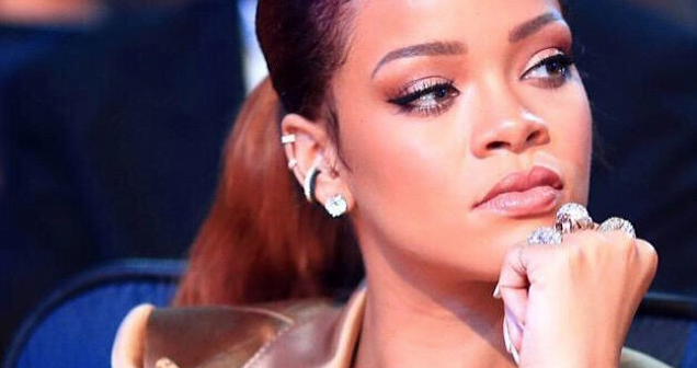 Rihanna is looking at your Instagram page, btw: http://t.co/GznIc6ocKn http://t.co/pn16ycbvaR