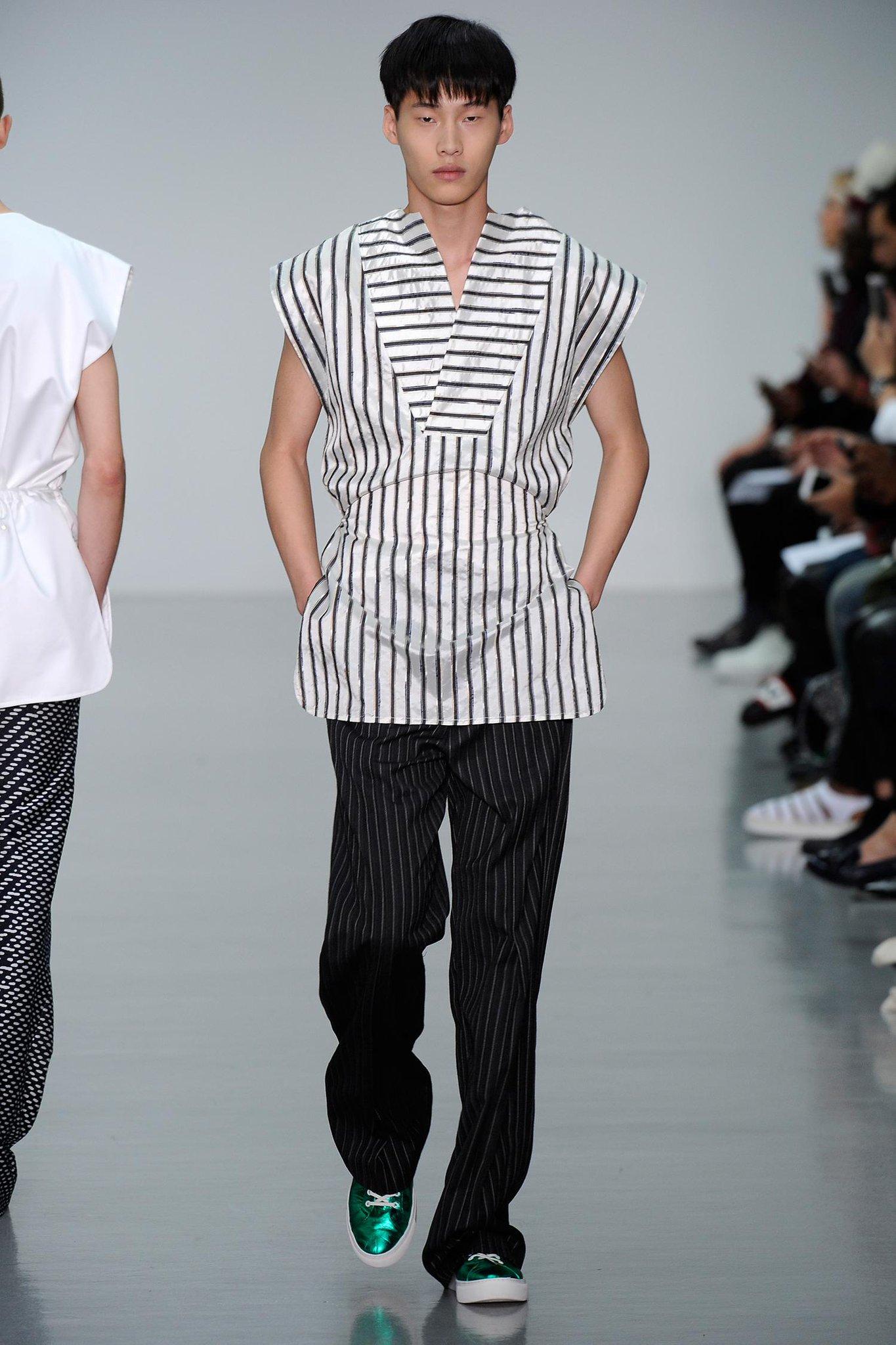 EXCLUSIVE: Totem Fashion London and Paris represent Sean Suen http://t.co/prmPmbcITU @TOTEM_Fashion http://t.co/XPqYzJbkpK