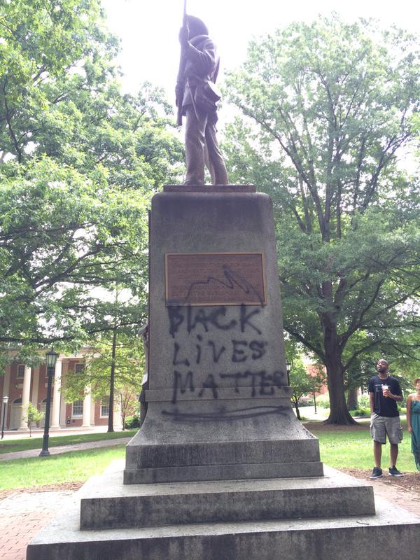 """RT @mashable: What the """"Silent Sam"""" Confederate statue on UNC's campus looks like after this weekend: http://t.co/4IrUIlF3pC http://t.co/TM…"""